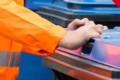 Lavoro: Fp Cgil, inaccettabile braccialetto elettronico per operatori ecologici a Livorno