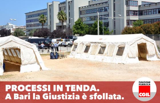 Tribunale a rischio crollo, a Bari le udienze si fanno in tenda