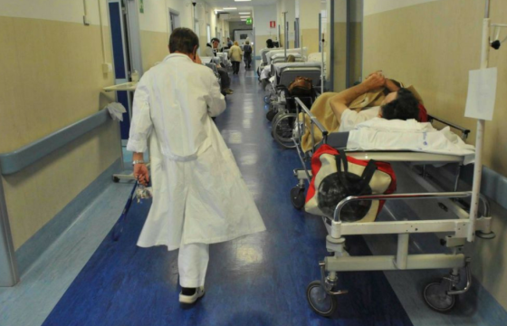 Sanità: Cgil Cisl Uil Medici, senza contratto e assunzioni, ora in piazza