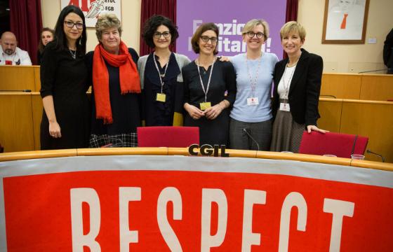 Donne, video e foto di iniziativa Respect