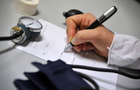 Sanità: proclamazione stato di agitazione dei sindacati dei medici di medicina generale