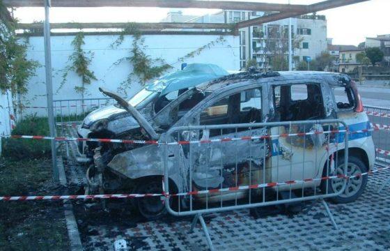 Incendiate auto Polizia Locale Acerra, solidarietà Fp Cgil