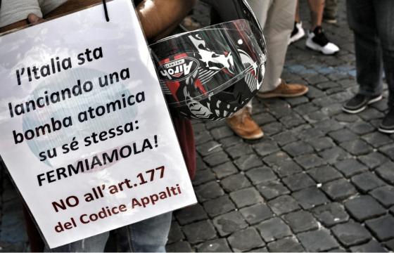 Rifiuti: sindacati, alta adesione sciopero, urgente abrogare art. 177 codice appalti