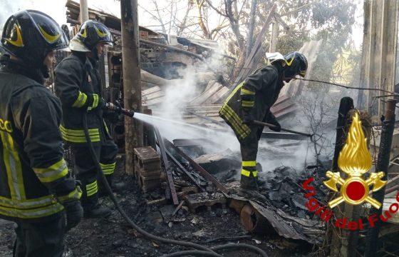 Incendi: Fp Cgil, aumentare Vigili Fuoco a 40 mila unità
